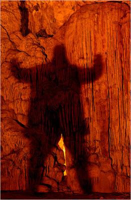 Höhlenmonster (Selbstportrait)