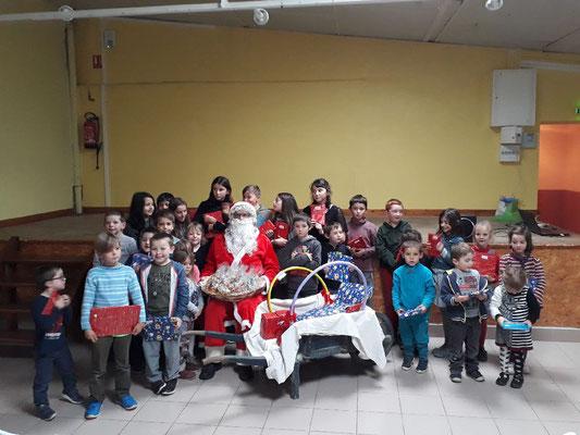 Fête de Noël R.P.I. St Just en Bas  - Palogneux 2018