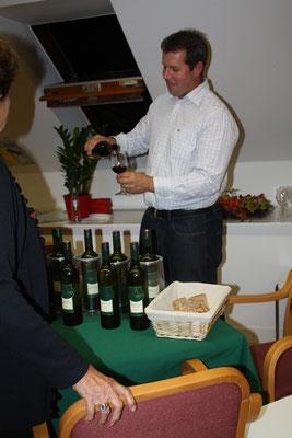 Weinverkostung des Buschenschanks FRIEDBERGER