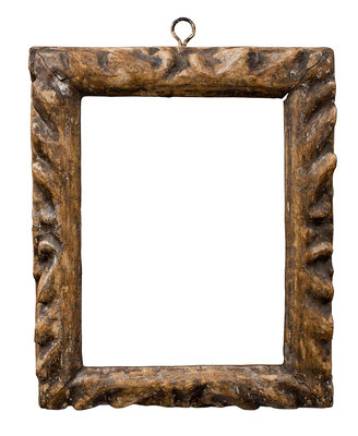 2226  Manieristischer Rahmen, Veneto 16./17.Jh., Pappelholz geschnitzt, Versilberung, 19,1 x 14,4 x 3,9 cm