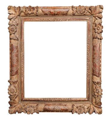 0415  Louis XIII Rahmen, Linde geschnitzt graviert und vergoldet, 42 x 34,2 x 8,2 cm