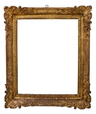 8429  Louis XIV Rahmen, Eiche geschnitzt, graviert und vergoldet, 71,5 x 58 x 11,4 cm
