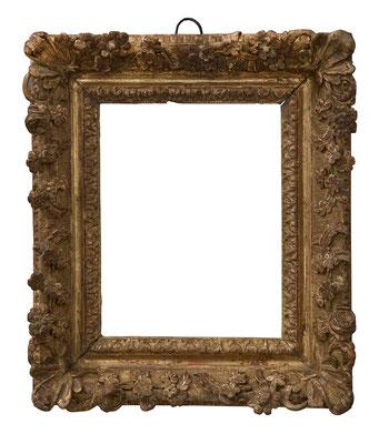 9192  Louis XIII Rahmen, Eiche geschnitzt und vergoldet, 21,2 x 16,3 x 6 cm