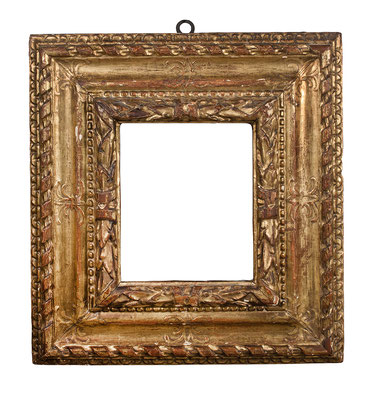 0367  Kassettenrahmen, Piemont 16.Jh., geschnitzt, graviert und vergoldet, 25 x 20 x 14,3 cm