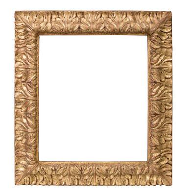 1043  Blattrahmen, Piemont 17.Jh., Nussholz geschnitzt und vergoldet, 29 x 24,5 x 5,7 cm