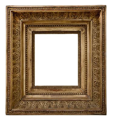 9213  Louis XVI Rahmen, Eiche mit Masseverziehrung vergoldet, 13,5 x 11,4 x 6,5 cm