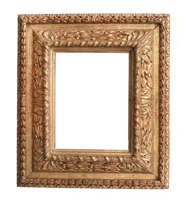 0954  Kassettenrahmen, Piemont 16.Jh., Nussholz geschnitzt und vergoldet, 27,7 x 21 x 12,5 cm