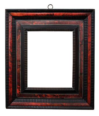 2218  Kassettenrahmen, Niederlande 17.Jh., Schildpatt furniert mit Beinintarsien und Ebenholz Wellenleisten, 32,8 x 26,5 x 13,1 cm