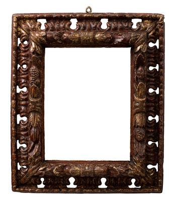 7793  Manieristischer Rahmen, Piemont 16./17.Jh., geschnitzt und vergoldet, 40 x 31,5 x 12 cm