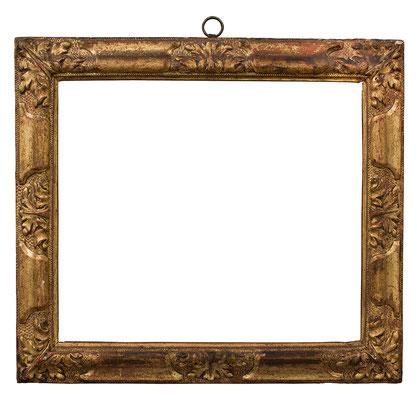 2246  Blattrahmen, Piemont 17.Jh., Lindenholz geschnitzt und vergoldet, 29,5 x 34,5 x5 cm