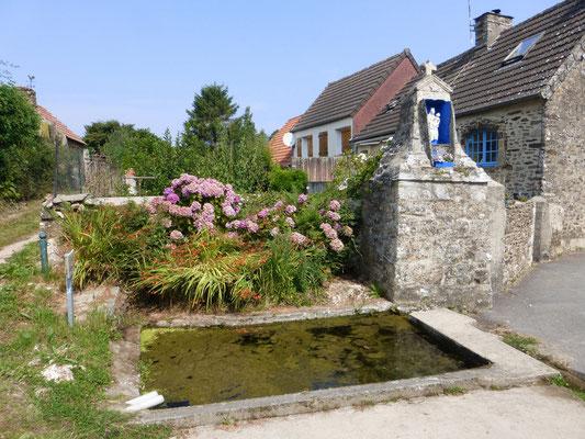 Lavoirs et fontaines sur le chemin