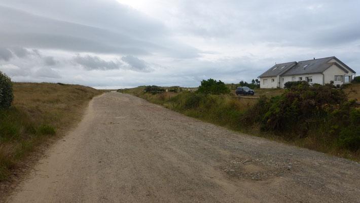 Départ du Gr par le littoral à Denneville