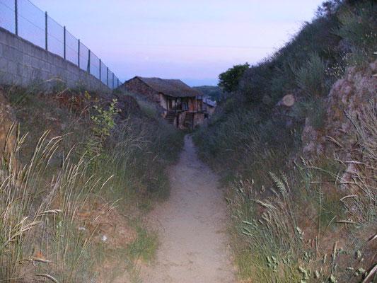 Tout petit village, Riego de Ambros