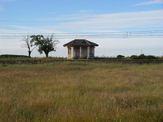 Toute petite gare de Villarmarcos