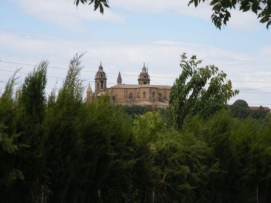 La cathédrale de Pamplume
