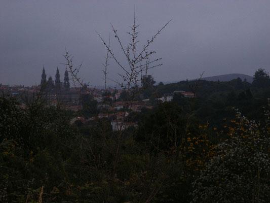 La cathédrale au loin