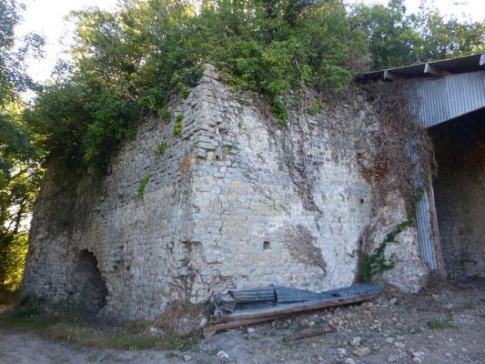 Une ruine  sur le Gr