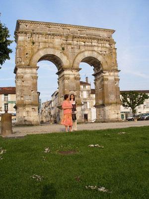 L'Arc de Germinicus vers 18/19 ap. J-C, Saintes.