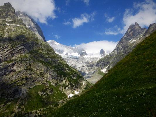 Vue sur le glacier de l'A Neuve