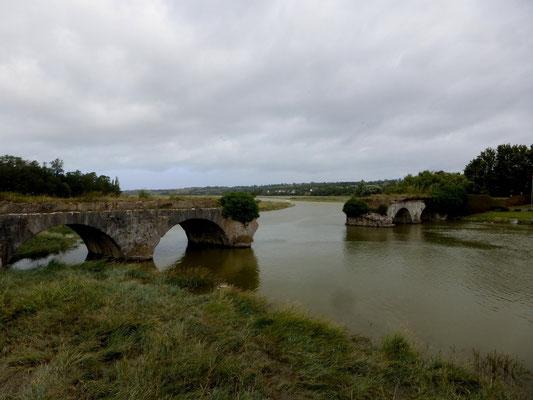 Le pont fut détruit à la guerre de 39/45