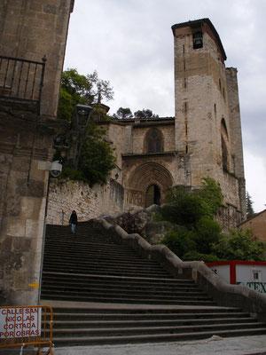 L'église où se trouve l'albergue municipal