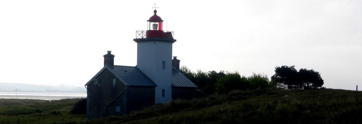Le phare de la pointe d'Agon (1856).