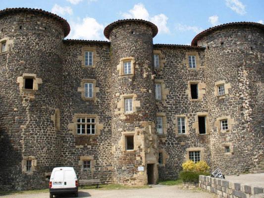 Le château de  Le  Monstier sur Gazeille