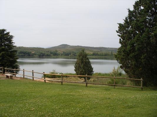 L'étang à la sortie de Logronio