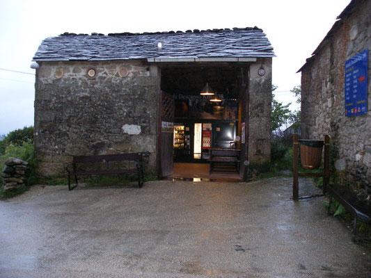 Petit village avec des souvenirs