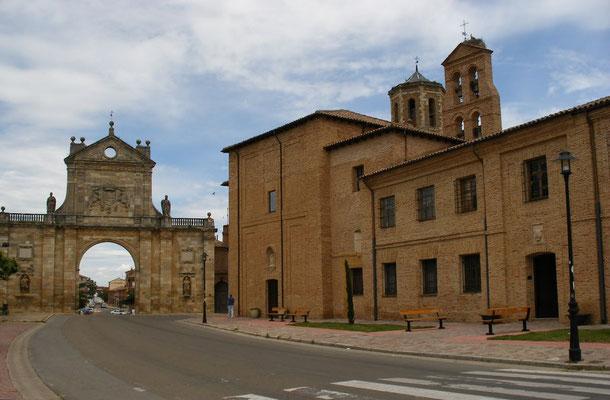 Sahagun, Larc de San Benito