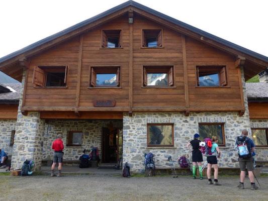 Le refuge Bonatti