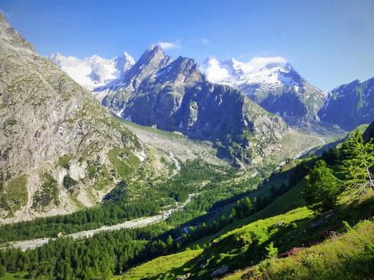 Une vue sur le Val Ferret