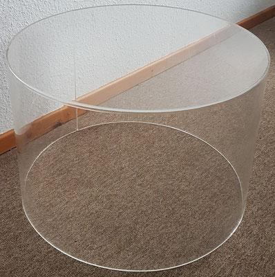 Runder Tisch aus Plexiglas