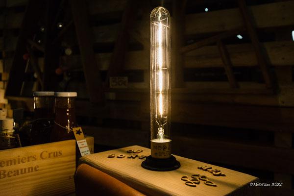lampe de table avec chutes de bois de chantier