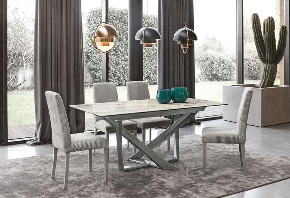 Tavolo PEGASUS, allungabile, con piano in gres antigraffio, disponibile in misura cm.160x90 + 2 allunghe oppure cm.180x90 + 2 allunghe