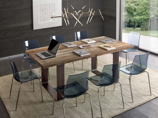 Articolo PT 0025 - Tavolo in legno naturale, disponibile su misura, anche allungabile
