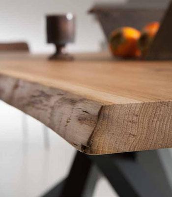 Articolo D19 - Particolare legno massello