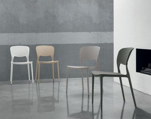 Sedia in poliproprilene, colori a scelta (articolo TL67)