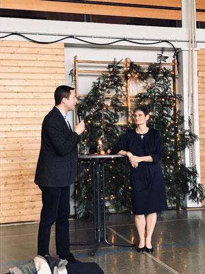Landrat Matthias Dießl mit der Vorsitzenden der FU Wilhermsdorf Petra Döhla