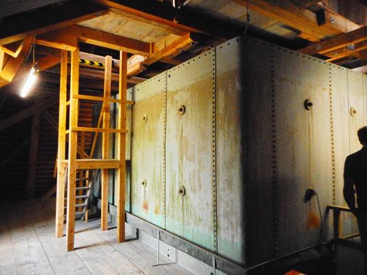 Wasserbehälter im Wasserturm