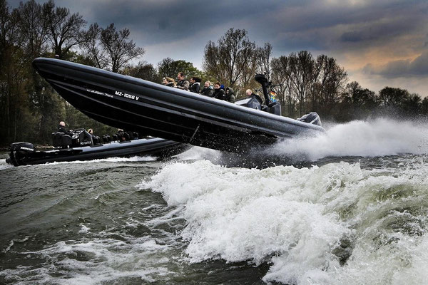 rib actionboat speedboat kiel ostsee