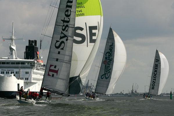 Globalwaters_VO60_Volvo Ocean Racer | Flotte Schiff-Charter Ostsee