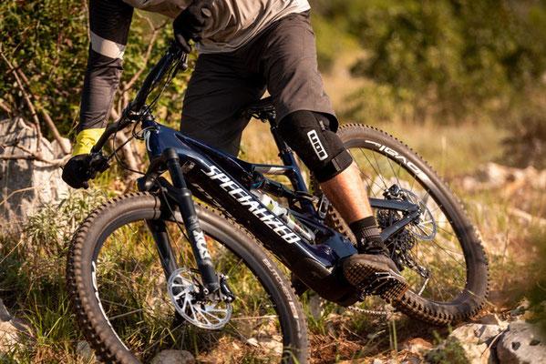 Specialized e-MTBs in der e-motion e-Bike Welt Erding