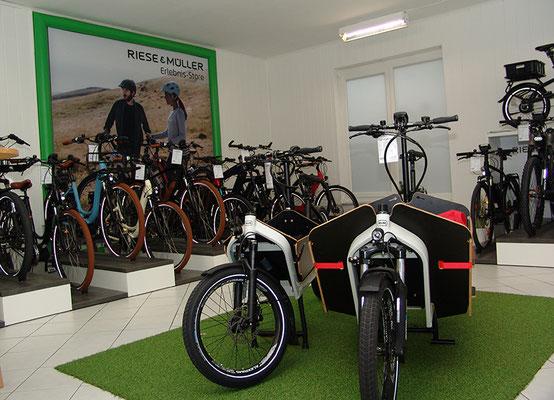 Riese & Müller e-Bikes kaufen in der e-motion e-Bike Welt in Cloppenburg