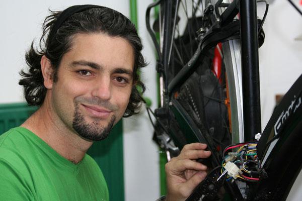Luis Gutierrez e-motion e-Bike Welt Bonn
