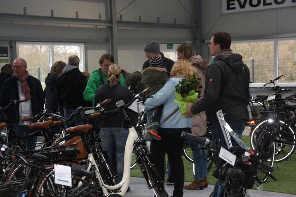 Neue e-motion e-Bike Welt in Bad-Zwischenahn
