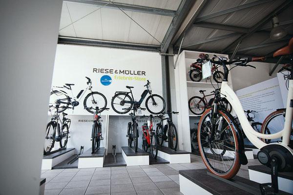 e-Bike Auswahl der e-motion e-Bike Welt Düsseldorf
