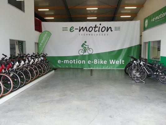 Die e-motion e-Bike Welt in München West führt auch Riese & Müller e-Bikes
