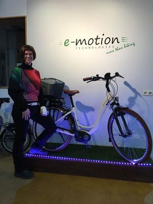 Glückliche Gesichter in der e-motion e-Bike Welt Worms