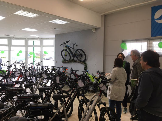 Gelungenes Eröffnungsfest in der e-motion e-Bike Welt Oberhausen